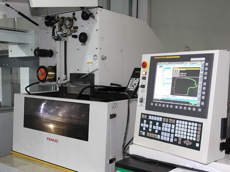 High Precision Wire Cutting Machine